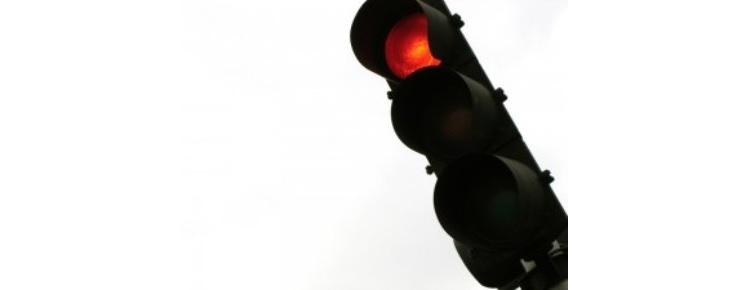 Rua Prof. Pulido Valente terá semáforos com radar